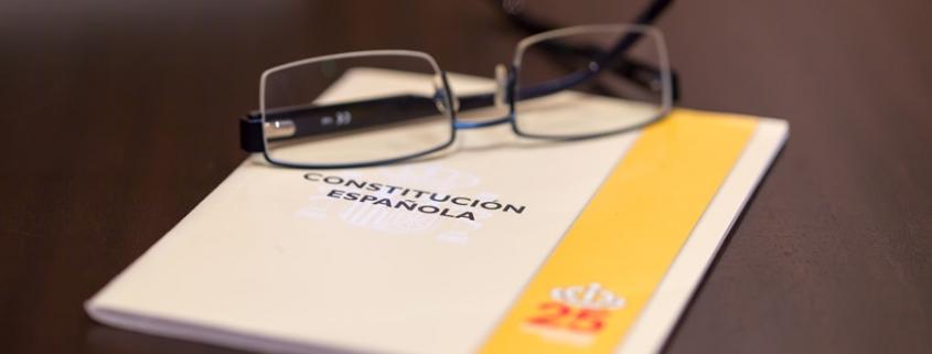 Constitución y ortografía