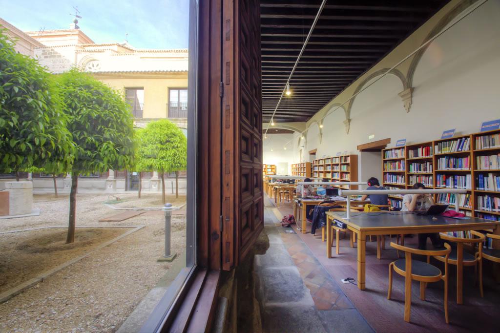 """""""Trabajo tranquilo"""". Tercer puesto en el concurso fotográfico """"La vida en el campus, Universidad de Castilla-La Mancha, 2015"""