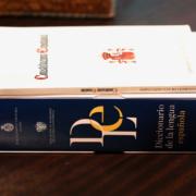 La RAE y la Constitución