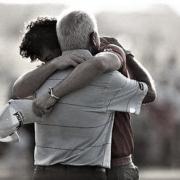 padre-e-hijo-abrazo